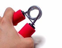 握力が低下したときのリハビリ方法とは?