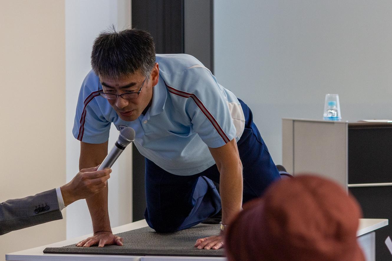 <講演採録> 寝たきり防止の脊椎体操_岩﨑義仁 理学療法士